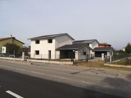 Villa Ambra e Larimar - San Bonifacio (VR)