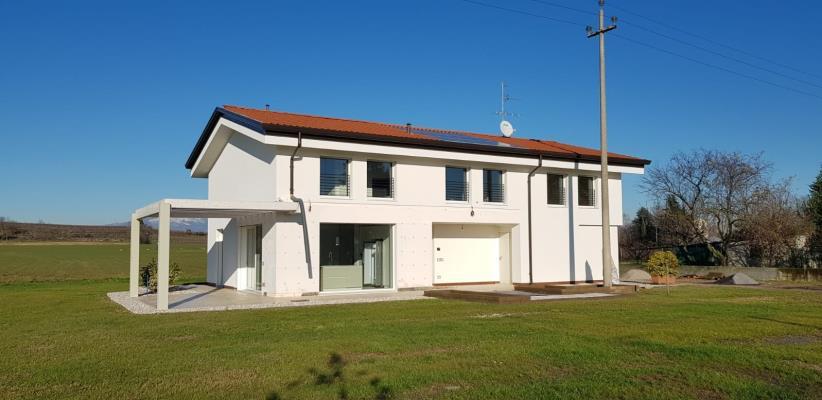 Villa monofamiliare - Oliosi (VR)