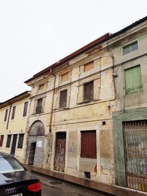 [PERIZIA] Edificio a schiera - Montecchio Maggiore (VI)