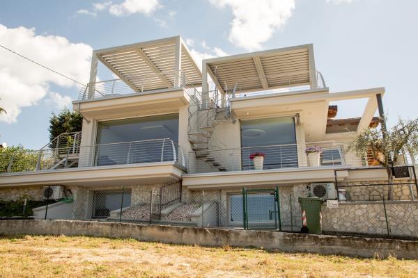 [PERIZIA] Villa bifamiliare - Monterico (VR)